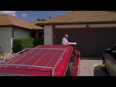 Breaking Bad - Walt throws a pizza