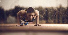 Turbo-Workout in 10 Minuten: Diese Fitness-Übungen sind hoch effektiv und du brauchst gerade mal ein paar Minuten Zeit. Diese Trainigs-Tipps machen dich bereit für den Sommer! Jetzt lesen auf ELLE.de!
