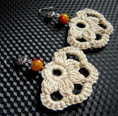 Light beige crochet earrings . by agatsknitting on Etsy, $11.00