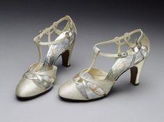 Wedding Sandals (English), V Museum, 1935