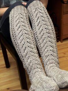 Crochet Slippers, Knit Or Crochet, Lace Socks, Slipper Socks, Knee High Socks, Yarn Crafts, Knitting Socks, Leg Warmers, Needlework