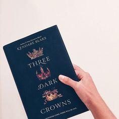 three dark crowns || kendare blake