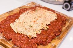 Italian meatloaf- Italiensk köttfärslimpa Italian meatloaf – – Recipes, inspiration and the good of life - Minced Meat Dishes, Minced Meat Recipe, Beef Dishes, Swedish Recipes, Italian Recipes, 300 Calorie Lunches, Barbecue Pork Ribs, Italian Meatloaf, Danish Food