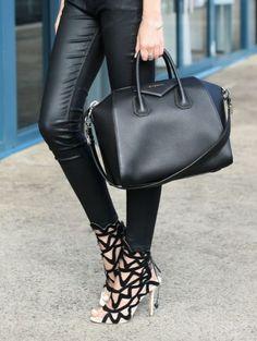 Givenchy Bag *Medium Antigona Shiny Smooth Leather Bag http://trendylog.com/product/medium-antigona-shiny/528cdaeb7b1f468b26009024