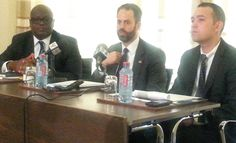 Simon Madjie (left), Executive Secretary, American Chamber of Commerce - Ghana, Mr Scott Eisner of the U.S.A Chmaber of Commerce, addressing the press conference
