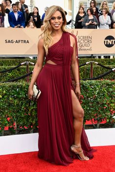 #RedCarpet  #Celebrities  #SAGAwards  Laverne Cox in a Prabal Gurung dress and Stuart Weitzman shoes