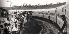 """Trem da Mogiana em Brasília - 1968 doc.brazilia.jor.br763 × 381 Fotografia, preto & branco - Arquivo Nacional, Fundo Correio da Manhã, Rio de Janeiro"""". Composição de aço inox da antiga Modiana."""
