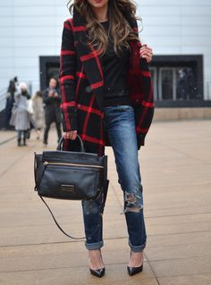 Black coat t-shirt blue jeans + black handbag. Street fall autumn women fashion outfit clothing style apparel @roressclothes closet ideas