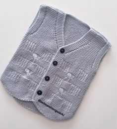 Baby Sweaters, Photo Instagram, Baby Knitting Patterns, Diy Crochet, Pullover, Baby Boy, Baby Shower, Boys, Photos