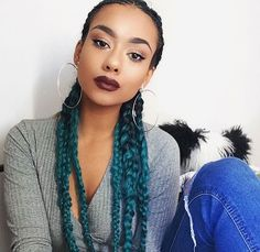 Dark green/ teal ombre braids! Find similar jumbo braid hair here... http://s.click.aliexpress.com/e/zrvNRJiUR