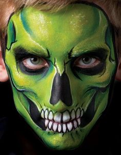 Brian and Nick Wolfe Skull Face Painting Wolf Face Paint, Scary Face Paint, Zombie Face Paint, Skeleton Face Paint, Skull Face Paint, Skull Painting, Maquillage Halloween Zombie, Halloween Kostüm, Halloween Face Makeup