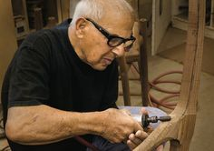 The House that Sam Built: Sam Maloof Exhibit Sam Maloof, Woodworking Inspiration, Woodworking Tips, Wooden Rocking Chairs, Natural Furniture, American Craftsman, Bamboo Crafts, Antique Chairs, Wood Creations