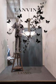 Hablando de mariposas... Los escaparates de Lanvin