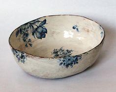 Ceramic Bowls, Ceramic Pottery, Ceramic Art, Porcelain Ceramic, Blue Pottery, Pottery Vase, Ceramic Mugs, Ceramic Tile Crafts, Painted Pottery