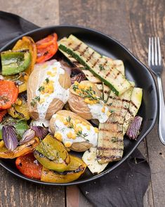 Grillgemüse Teller Teller, Fresh Rolls, Bbq, Ethnic Recipes, Food, Products, Vegetarian Grilling, Easy Meals, Food Food