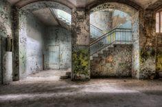 500px / Stairway in Decay by Marcel Wetterhahn
