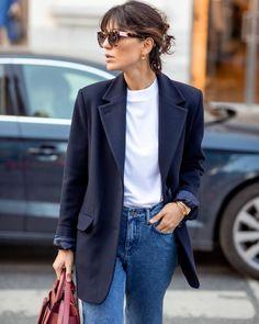Black Blazer Casual, Blazer Fashion, Fashion Outfits, Looks Street Style, Androgynous Fashion, Minimal Fashion, Spring Summer Fashion, Stylish Outfits, Parisians