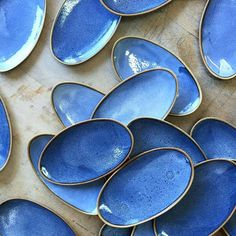 Wild Wave oval side platters. These little fellas are from a commission that I did a couple of years ago. There were more than 40 of them and it was so exciting to see them all together spread out on the table. #pottery #keramik #interior #home #hackney #hoxton #hjem #skandihus #danish #danskdesign #danishdesign #scandinaviandesign #scandinavian #scandinavianstyle #monochrome #minimal #minimallove #design #lovemyjob #handmade #crafts #londonfoodies #rustic #foodie #handmadeplates #madein...