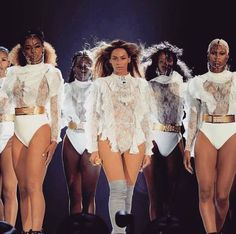 ビヨンセのワールドツアーが開幕衣装はバルマンディースクエアードグッチ