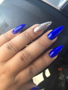 Royal blue nails, stiletto nails, fresh, urban outfitters, glitter nails, accent nail, tutu, Honda , nail vlog, trend