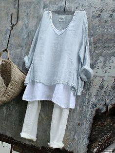 Casual Long Sleeve V Neck Plain Shirts & Tops – Women's Fashion Plus Size T Shirts, Plus Size Blouses, Plain Shirts, Mode Hippie, Look Fashion, Womens Fashion, Fashion Clothes, Fashion Shirts, Fashion Styles