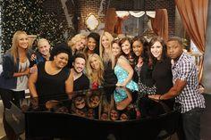 """THE VOICE -- Season 6 """"Team Shakira"""""""