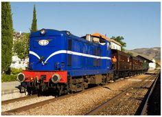 https://flic.kr/p/DM6EJy | Pinhão 20-09-15 | Locomotiva Diesel nº1424, Comboio Histórico do Douro