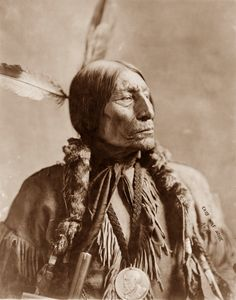 maineinterest:  Chief Wolf Robe, Southern Cheyenne native, 1904