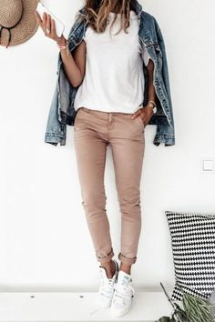 Simple Outfits, Summer Outfits, Casual Outfits, Mode Outfits, Fashion Outfits, Style Work, Guy Style, Style Men, Pink Chinos