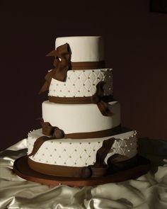 White & Brown Wedding cake