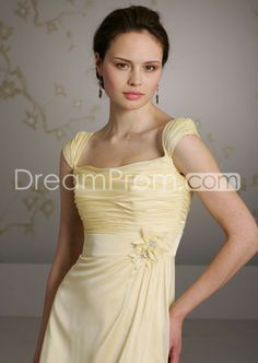 Lovely Pleats Short/Mini-Length Square Bridesmaids Dresses 3073 http://www.idreamprom.com/lovely-pleats-shortminilength-square-bridesmaids-dresses-3073-p-300292375.html