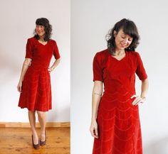 1930s Red Velvet Dress / 30s Sweetheart Red