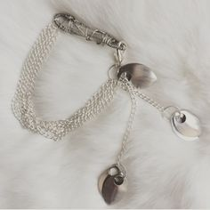 Ani   Click the link in the bio above to make this yours today.  #crystal #crystals #quartz #raw #rawcrystal #natural #silver #chain #bracelet #accessories #jewellery #friends #tagsforlikes #life #love #yoga #namaste #cute #beautiful #amazing #alternative #bestoftheday #igers #instagood #instamood #instadaily #new #fashion #womensfashion #style