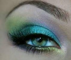 Resultado de imagen para maquillaje de ojos AZULES