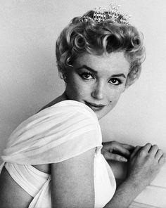 Marilyn Monroe Photographed ny Milton H. Greene 1956