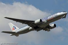 """American Airlines Boeing 777-223/ER """"OneWorld Alliance LogoJet"""""""