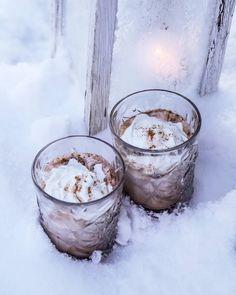 @hetkiamaalla Home Photo, Candle Holders, Candles, Winter, Photos, Food, Winter Time, Eten, Porta Velas