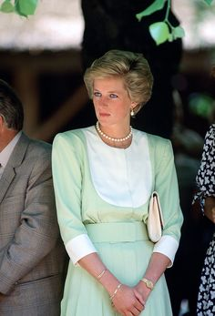 1990 The Princess of Wales in mint on an official visit to Hungary.  via @AOL_Lifestyle Read more: http://www.aol.com/article/2016/06/29/princess-dianas-gravesite-is-getting-a-multimillion-dollar-make/21421568/?a_dgi=aolshare_pinterest#fullscreen