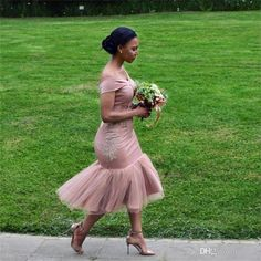 Bridesmaid Dresses 2018 Blush Pink Country Off Shoulder Beach Wedding Party Guest Dresses Arabic Junior Maid of Honor Dress Cheap Tea-length Inexpensive Wedding Dresses, Affordable Bridesmaid Dresses, Wedding Party Dresses, Party Gowns, Wedding Parties, Modest Wedding, Dress Party, Trendy Wedding, Wedding Hair