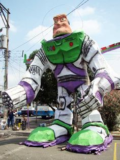 Top 10 New Year's Traditions: Buzz Lightyear Monigotes, Ecuador. Photo by Carlos Daniel Feijoo Miño
