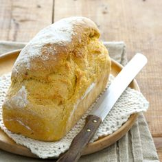 Dié brood is heerlik by sop. [divider] Genoeg vir: 2 brode Bereidingstyd: 20 minute plus. Sweet Potato Bread, Cooking Sweet Potatoes, South African Recipes, Savoury Baking, Wrap Recipes, Yummy Recipes, What To Cook, Food Inspiration, Love Food