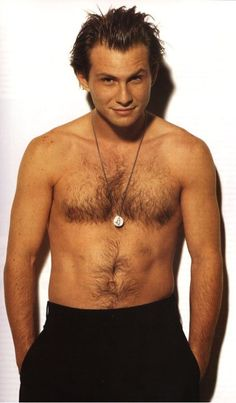 Christian Slater = Sexy Beast <3  Agreed... ;)