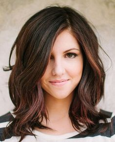 Long Bob Hairstyles for Thick and Light Wave Hair for Young Woman Who Have Heart Shaped Face