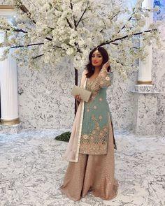 Pakistani Fashion Party Wear, Indian Bridal Fashion, Pakistani Dress Design, Pakistani Wedding Dresses, Indian Wedding Outfits, Pakistani Outfits, Indian Outfits, Punjabi Fashion, Dress Indian Style