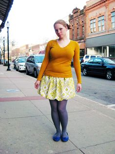 Picture of How to make a bubble skirt . she read a bunch of patterns to find the best one. Diy Fashion No Sew, Fashion Sewing, Fashion Tips, Fashion Trends, Diy Straw, Easy Sewing Patterns, Skirt Patterns, Sewing Ideas, Bubble Skirt