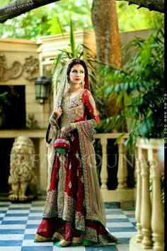Latest Asian Bridal Wedding Gowns Designs collection consists of best Asian gown styles & designs for bridals by Indian & Pakistani designers! Asian Bridal Dresses, Bridal Outfits, Indian Dresses, Bridal Gowns, Wedding Gowns, Pakistani Wedding Dresses, Pakistani Outfits, Indian Outfits, Pakistani Couture