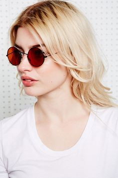 #Sunglasses #Summer #Fashion #ForLadies #Style  http://www.urbanoutfitters.co.uk/vintage-surplus-round-sunglasses-in-yellow/invt/5417444800016/