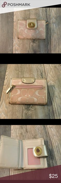 🌸Coach Wallet 🌸 Excellent used condition. Coach Bags Wallets