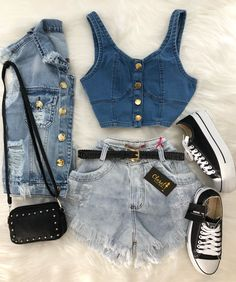 10 Taylor Swift Looks We Love Teenage Outfits, Teen Fashion Outfits, Outfits For Teens, Girl Outfits, Cute Casual Outfits, Cute Summer Outfits, Stylish Outfits, Mode Rockabilly, Jugend Mode Outfits
