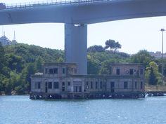 """#Puglia #Taranto -""""Dicono"""" sia stata girata una scena del film """"le avventure di Pinocchio"""" di #Comencini"""